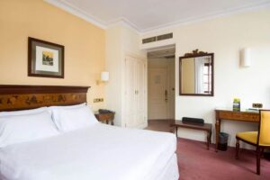 HOTEL SERCOTEL ARENAL BILBAO 3*- ADMITE MASCOTAS